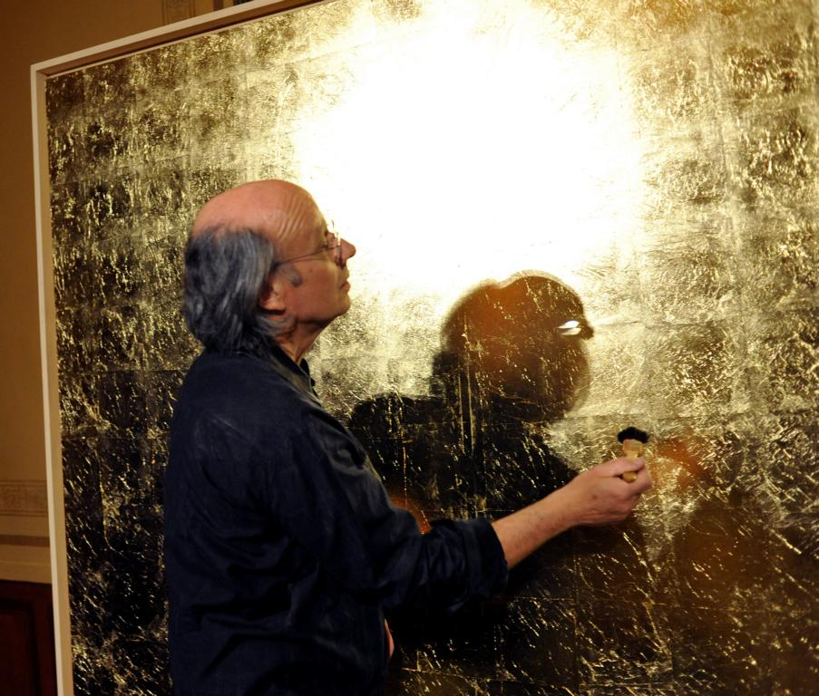 Art Actions: Muthesius with golden field